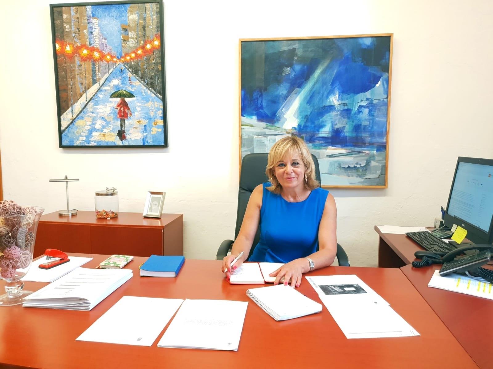 El Ayuntamiento de Arrecife abona  las ayudas a 452 universitarios que estudian fuera de Lanzarote