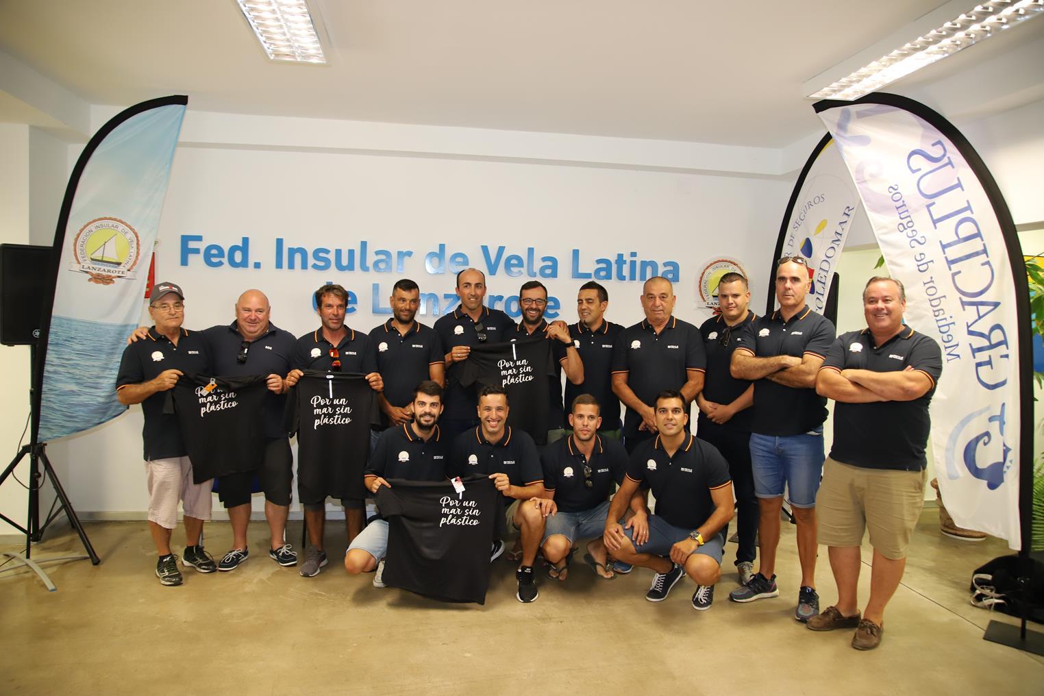 """Todo preparado para el Reto Vuelta Lanzarote """"por un mar sin plástico"""""""