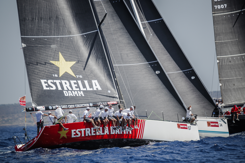 El Estrella Damm Sailing Team, con media tripulación canaria gana su tercera Copa del Rey