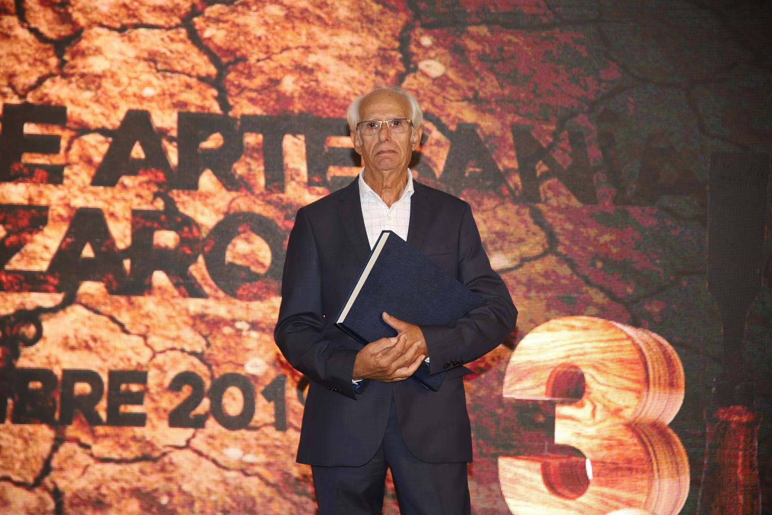 Manuel Perdomo Cabrera es reconocido como Artesano del Año