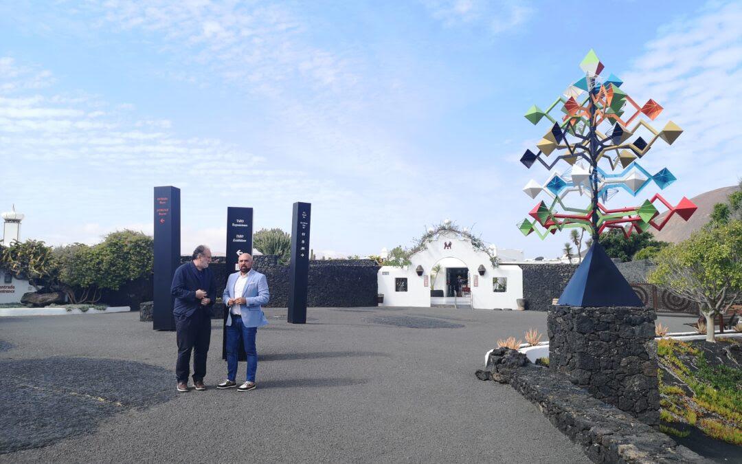 En su primer viaje oficial fuera de Tenerife, el aclade de Puerto de la Cruz visita la Fundación César Manrique para estrechar lazos