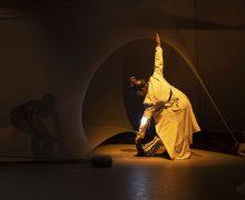 Eti-Queta, un espectáculo para los más pequeños que fusiona danza y teatro y reflexiona sobre la identidad