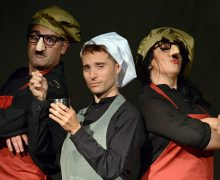 La compañía Tirititrán Teatro presenta su espectáculo familiar Arturo y Clementina en el Teatro El Salinero