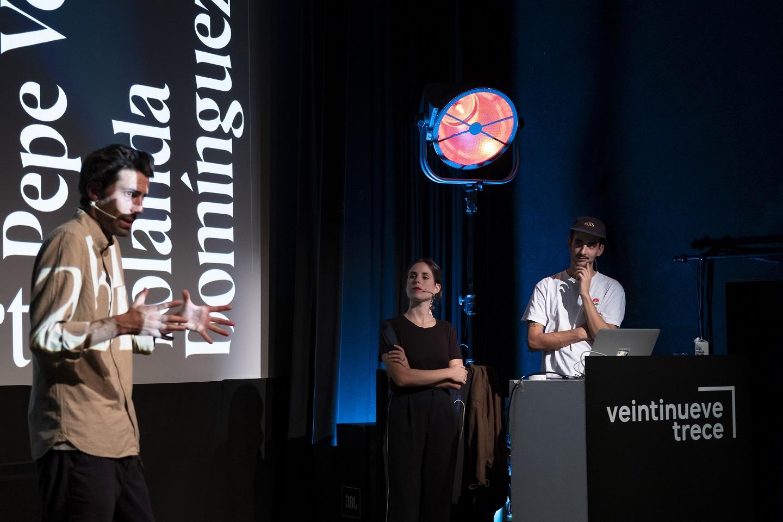 La cuarta edición de Veintinueve Trece cumple con las expectativas y llena de público el CIC El Almacén