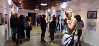 """La exposición """"César Manrique. 100 años de vida"""", producida por la FCM, continúa su itinerancia en la Casa Cerdeña de San Bartolomé"""