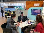 Los Centros y Fred. Olsen Express firman un acuerdo para dinamizar el mercado canario