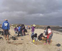 La campaña 'Plástico Cero' llega a Famara de la mano de Reserva de la Biosfera