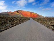 Timanfaya en Lanzarote y la Sierra de Guadarrama elegidos como unos de los mejores espacios abiertos de Europa para viajar después de la crisis.