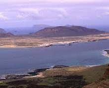 El Cabildo de Lanzarote y el Gobierno de Canarias trabajan ya para solucionar la problemática ambiental de La Graciosa