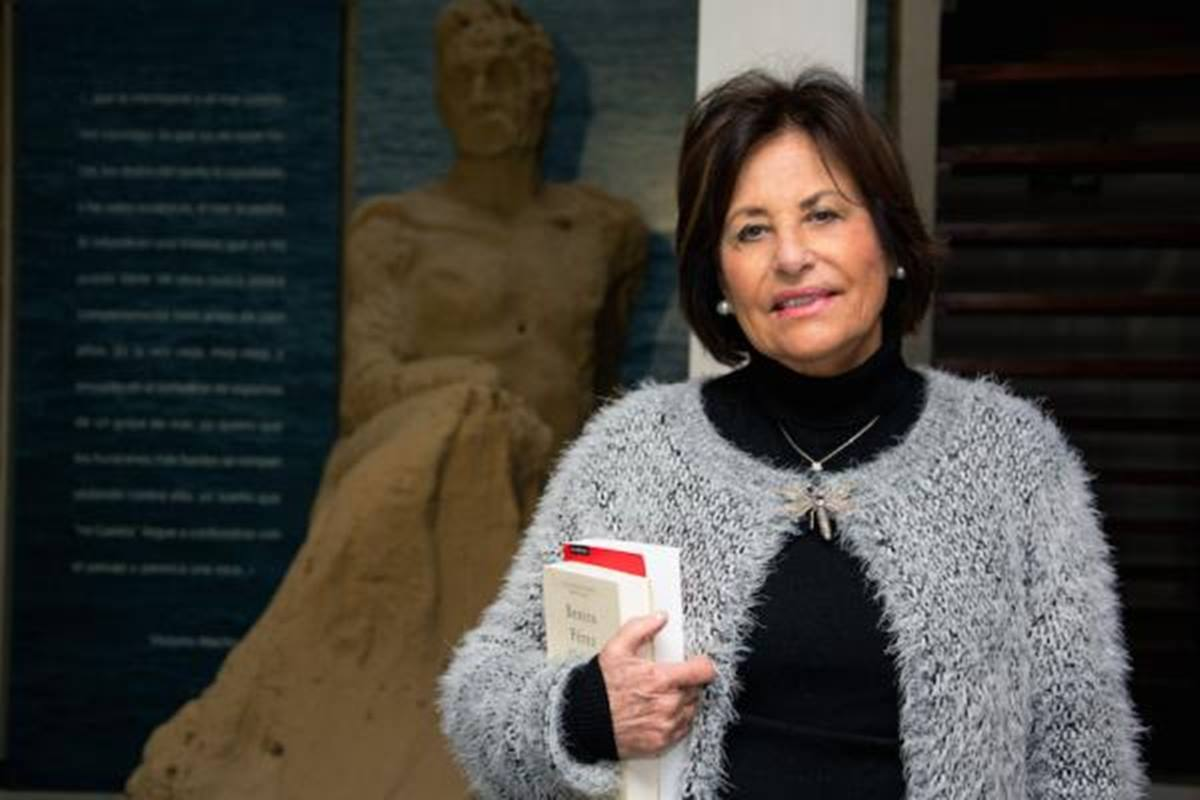 Yolanda Arencibia presenta 'Galdós. Una biografía', obra ganadora del Premio Comillas 2020