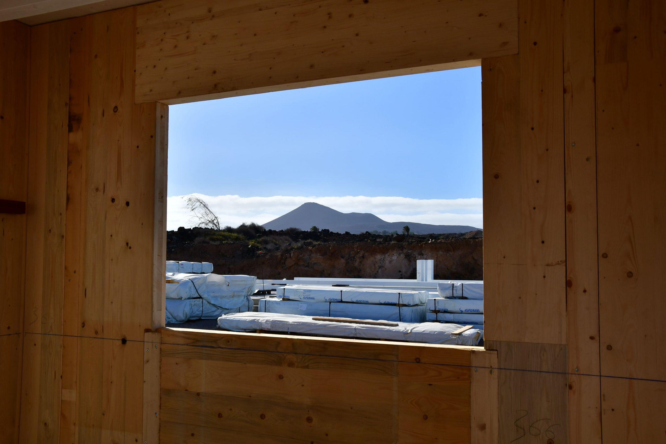 Comienza a construirse en Lanzarote la primera promoción con paneles de madera X-LAM en Canarias