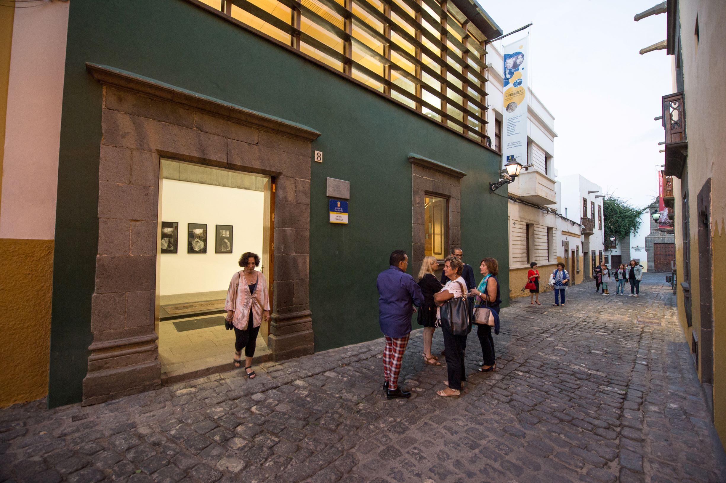 El Centro de Artes Plásticas del Cabildo organiza un taller gratuito alrededor del volumen, la figuración y la abstracción
