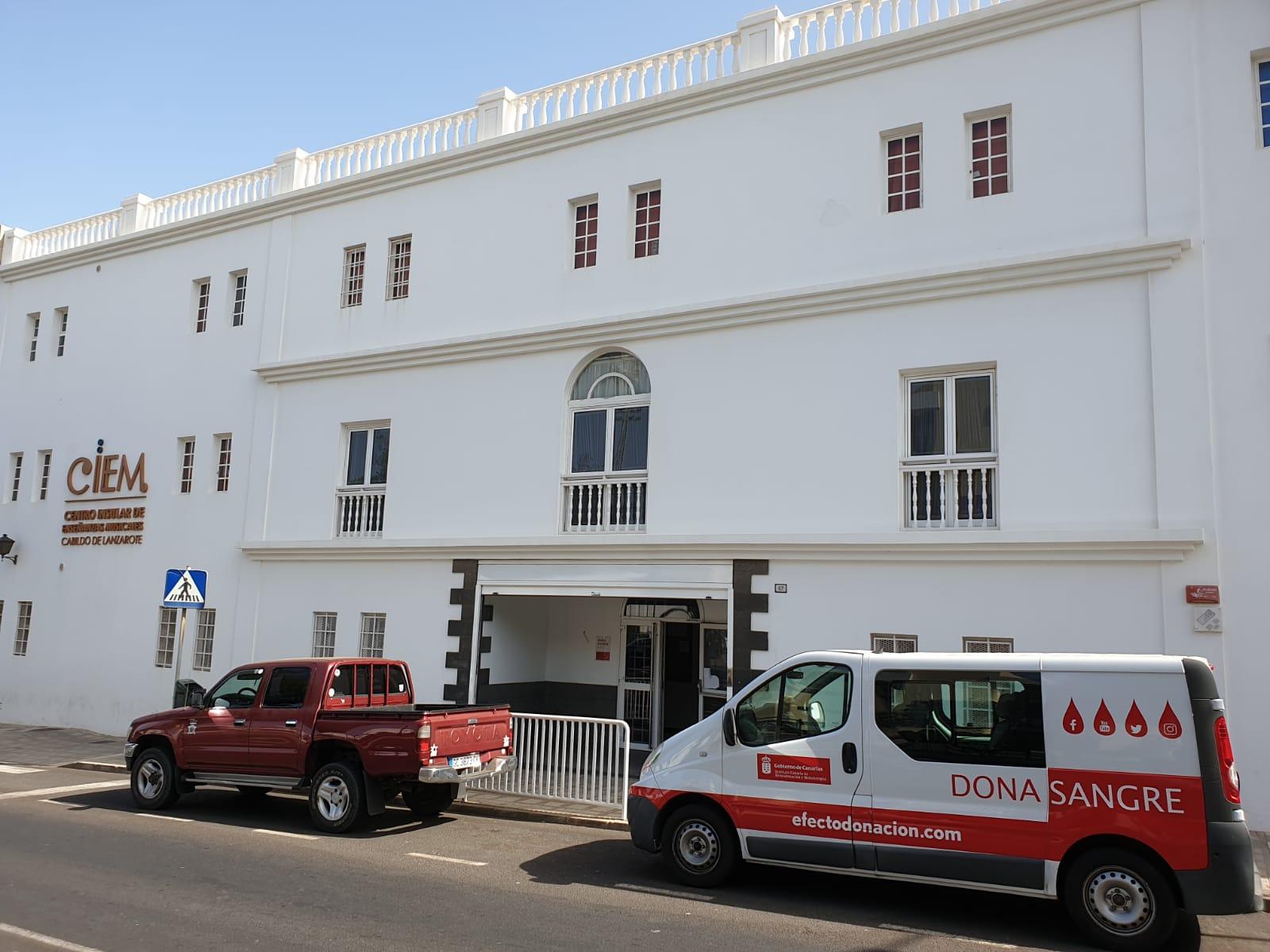 Punto de Donación junto al Conservatorio Insular de Música de Arrecife