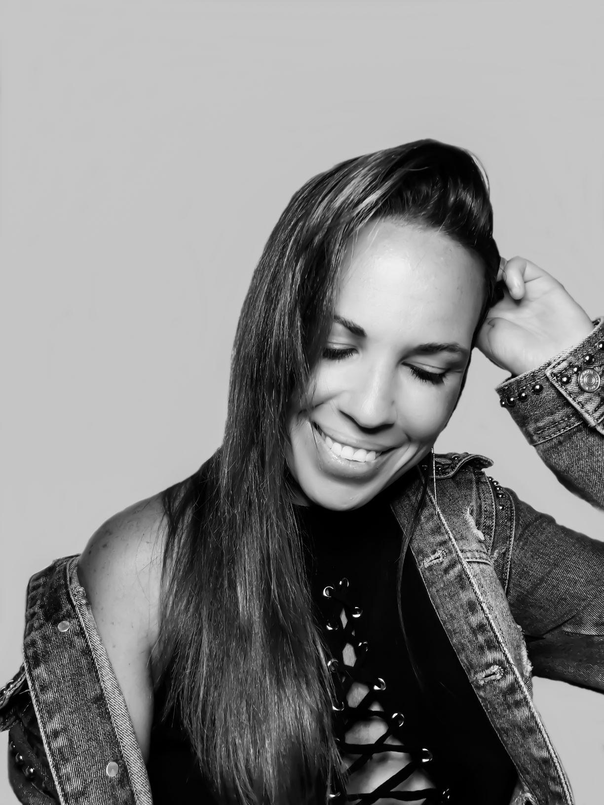 Dácil Santana clausura la iniciativa online musical 'Patios Encantados'