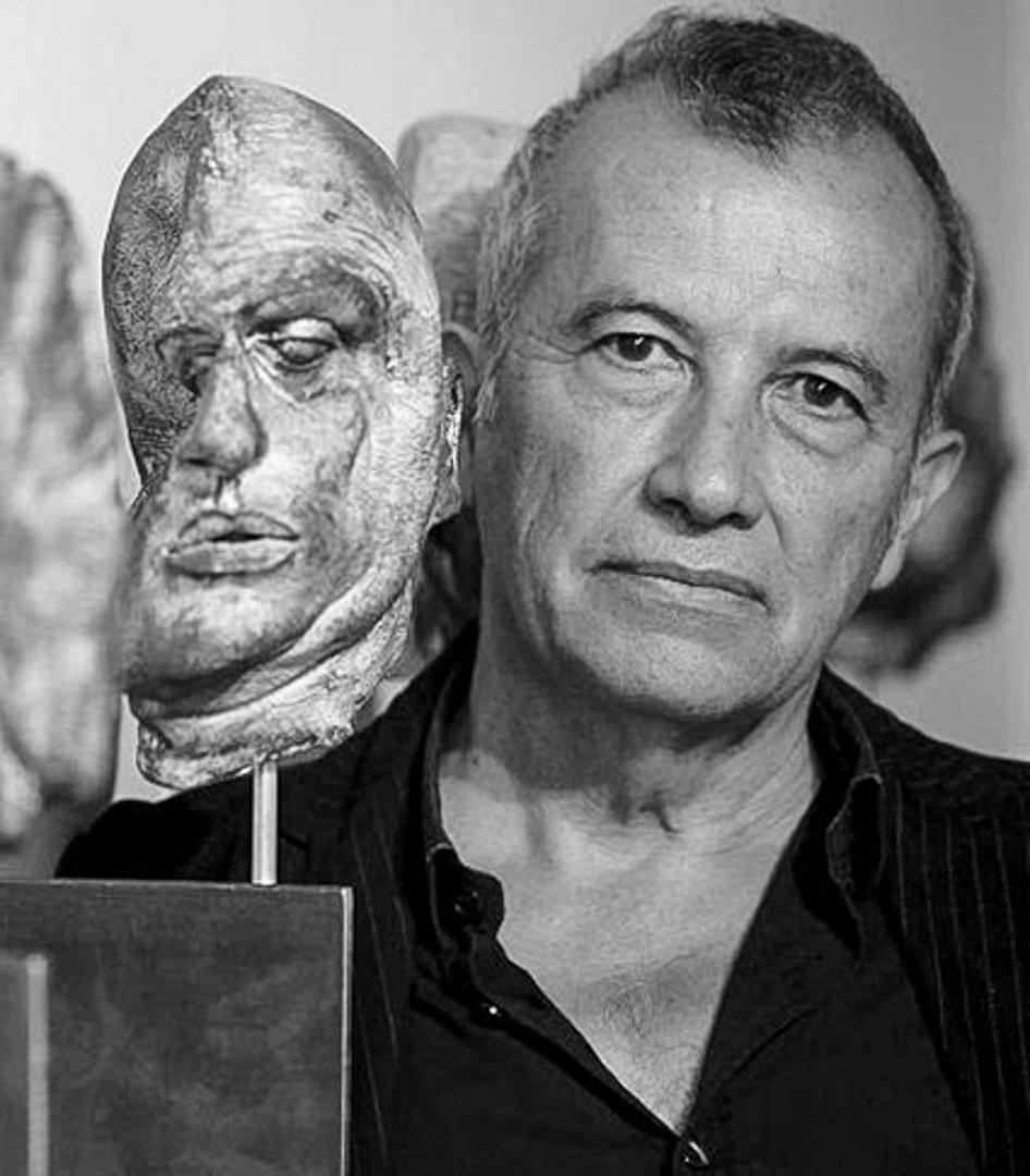 """Bordes Caballero habla sobre """"la energía de la espiral"""" en la obra de Martín Chirino"""