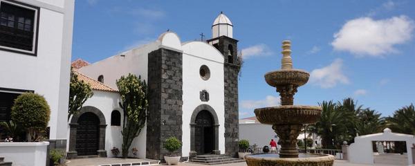 """""""Abordando el desempleo"""", jornadas promovidas por el Proyecto de Intervención Comunitaria Intercultural en San Bartolomé"""