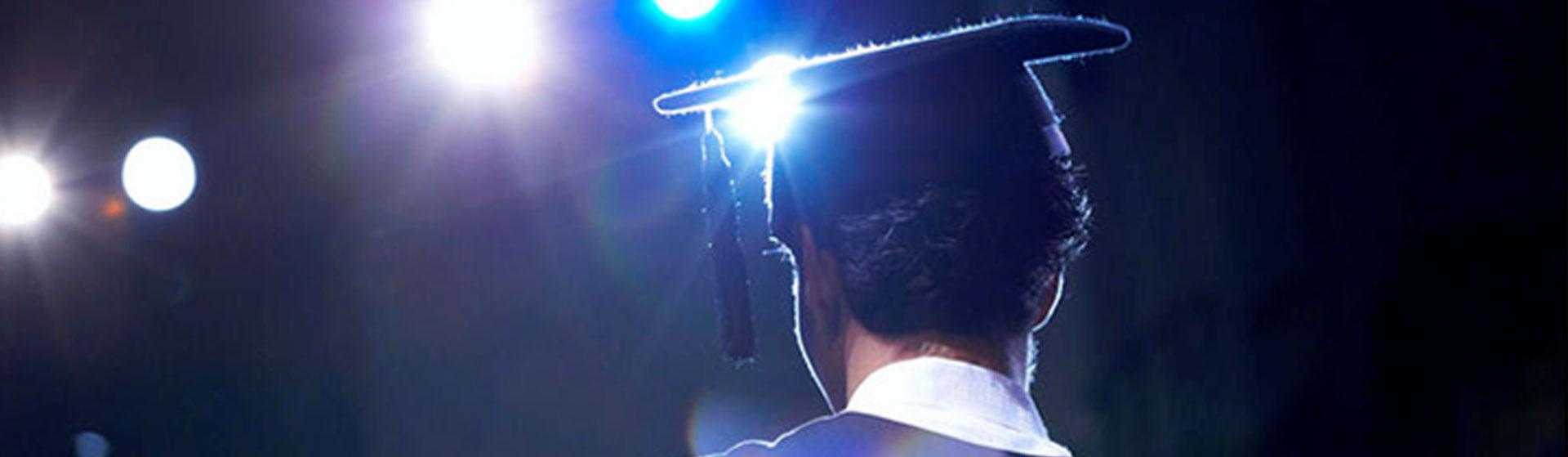 La Asociación Mercedes Medina Díaz presenta las ayudas para estudiantes universitarios