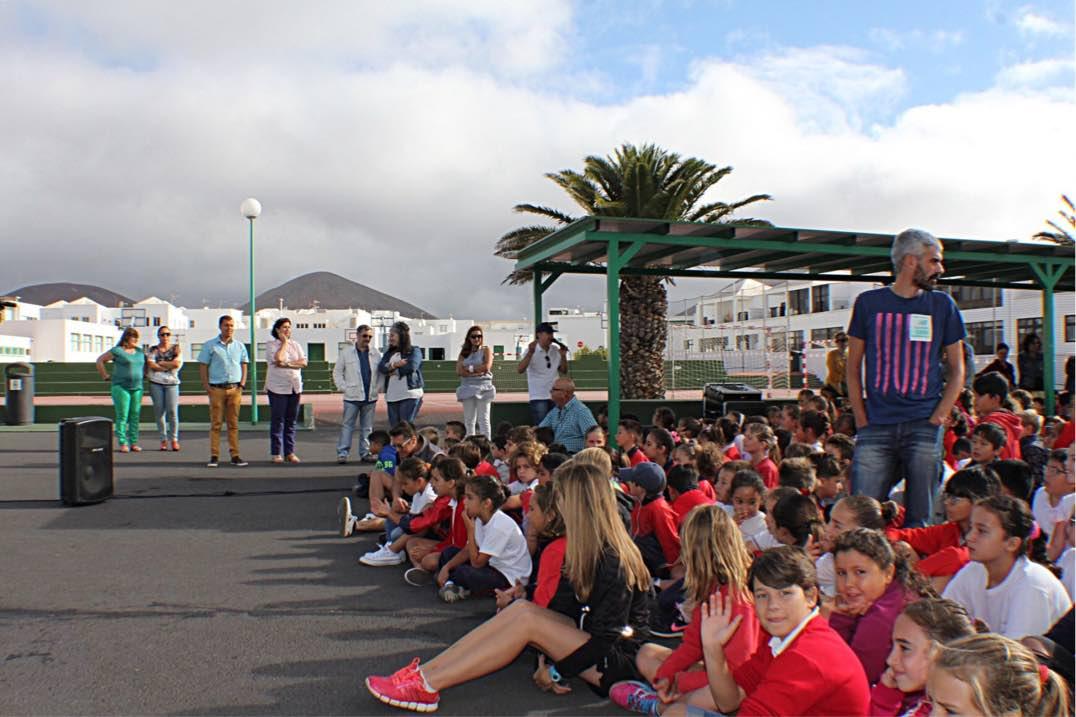 Más de 1.300 alumnos de infantil y primaria del municipio de Tías han vuelto hoy a sus clases con total normalidad