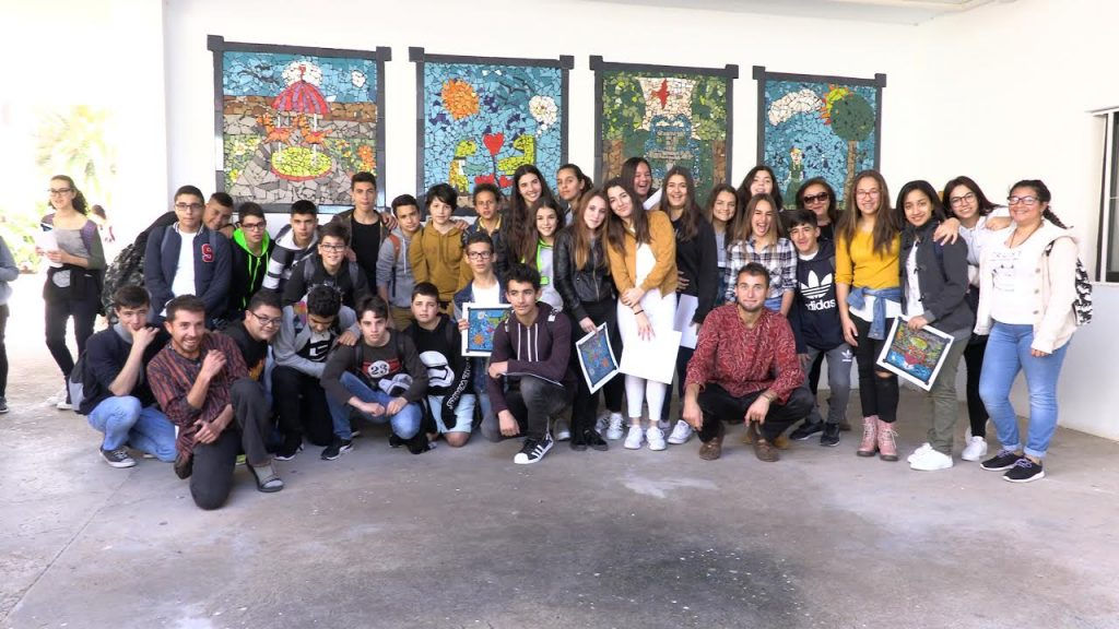 El IES Teguise inaugura doce mosaicos elaborados por los alumnos dentro de un proyecto artístico