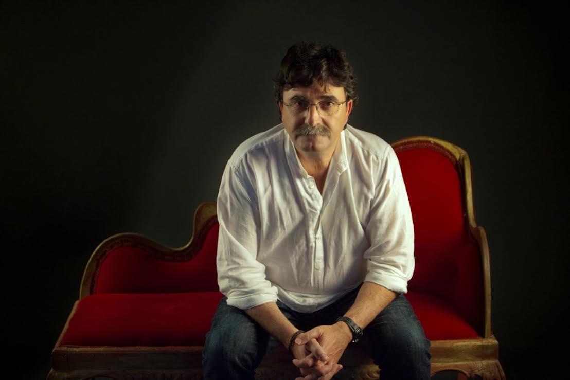 Antonio Lozano protagoniza con su obra 'Un largo sueño en Tánger' la sesión del Club de Lectura 'El jardín de las Delicias'