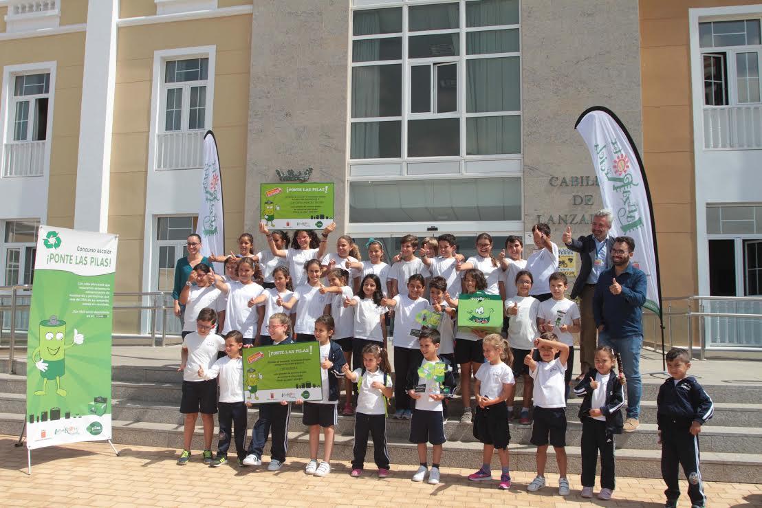 Los centros educativos participantes del concurso escolar 'Ponte las Pilas' reciclan cerca de 89.000 pilas usadas