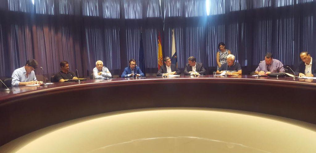 Canarias cuenta con 4,82 millones de euros para la puesta en marcha de estrategias de desarrollo local participativo en zonas pesqueras