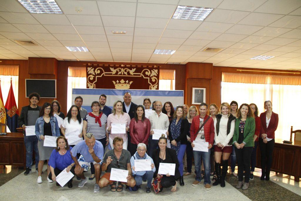 El curso de inglés básico 'We are Lanzarote' finaliza con éxito, 57 personas logran mejorar formación