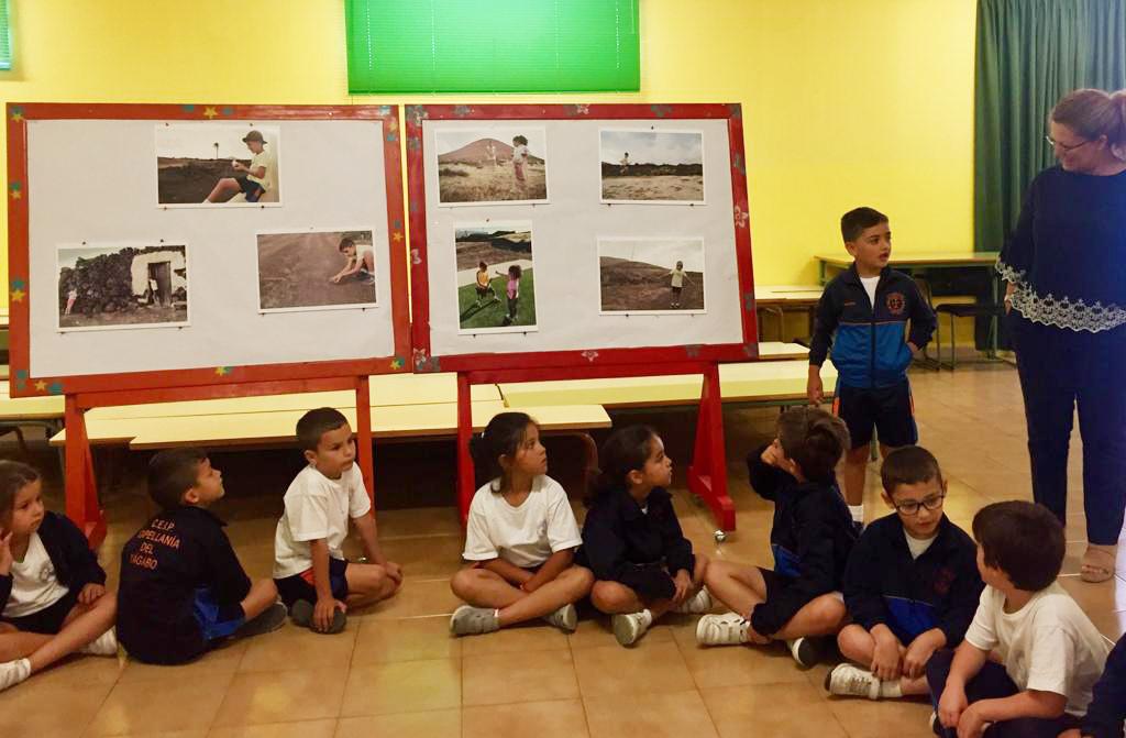El lanzaroteño Aarón López recoge el premio como ganador del concurso Juguemos a un juego