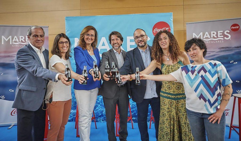 Coca-Cola pone en marcha en Canarias 'Mares Circulares', su plan de limpieza de costas y fondos marinos