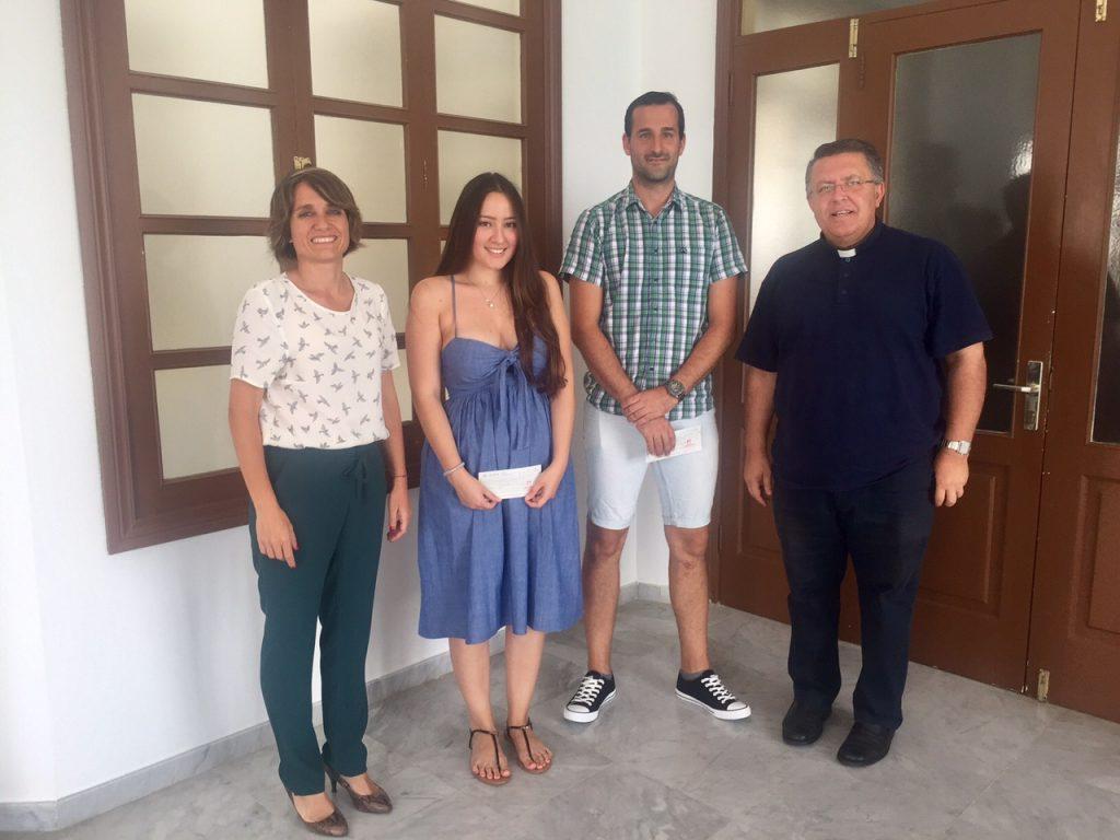 Dos estudiantes de Arrecife reciben la beca al estudio Luis Ramírez