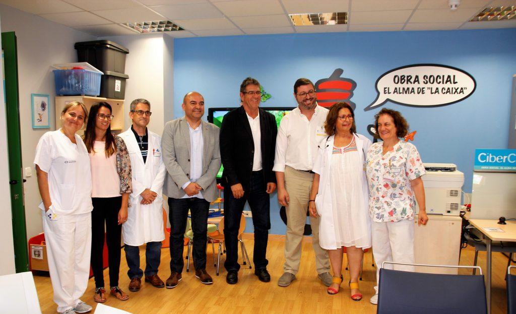 El Hospital Molina Orosa y Pequeño Valiente colaboran para mejorar la estancia de los niños ingresados