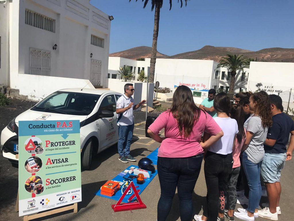 El Consorcio de Seguridad y Emergencias enseña a los escolares como actuar en caso de accidente