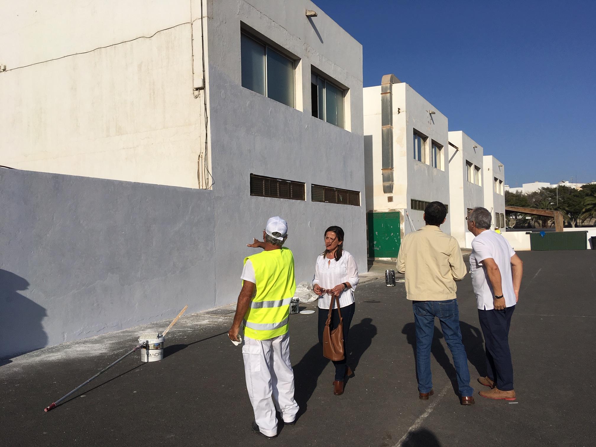 El Ayuntamiento de Arrecife continúa adecentando los centros educativos del municipio