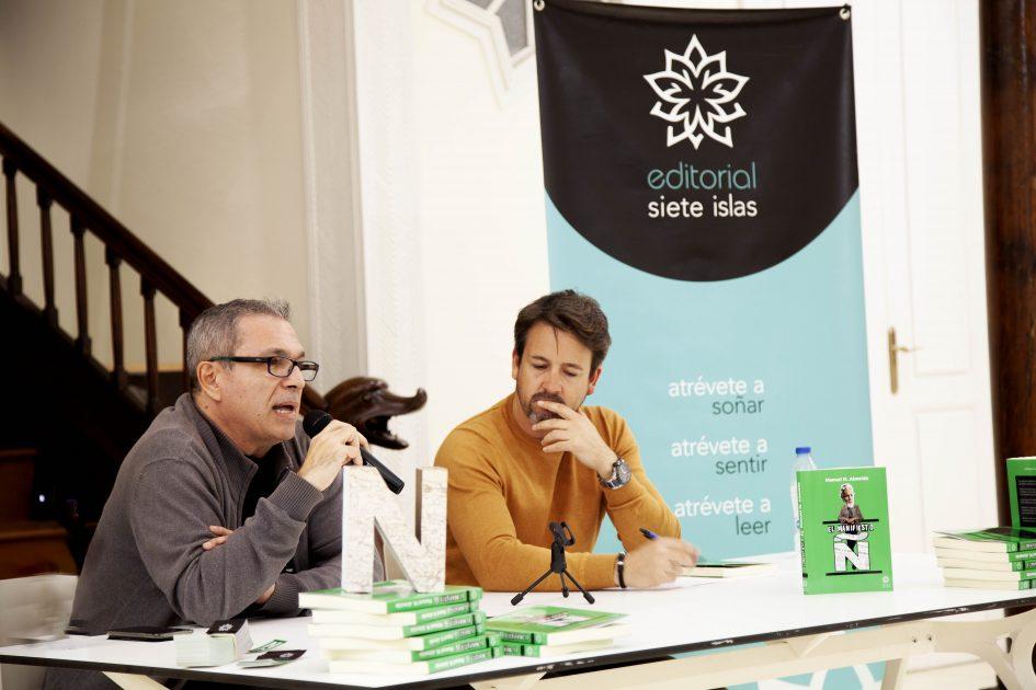"""Humor y denuncia social en la Casa de la Cultura """"Agustín de la Hoz"""" de Arrecife en la presentación de """"El Manifiesto Ñ"""""""