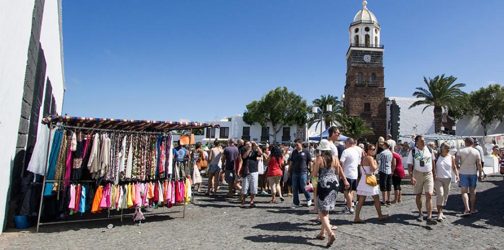 Comercio desarrolla una estrategia para potenciar los mercados y mercadillos de Canarias