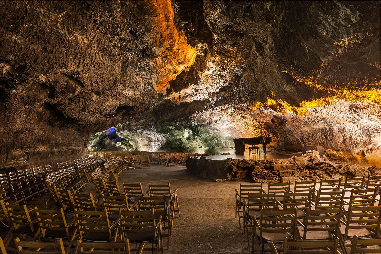 El Cabildo aprueba la adenda al convenio de pago de la sentencia de la Cueva de Los Verdes
