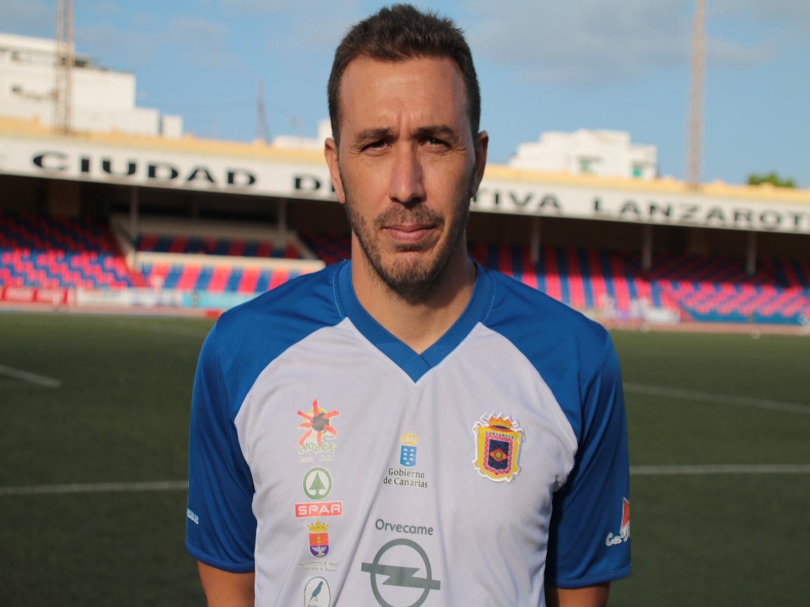 El mediapunta Toñito convence al cuerpo técnico de la UD Lanzarote
