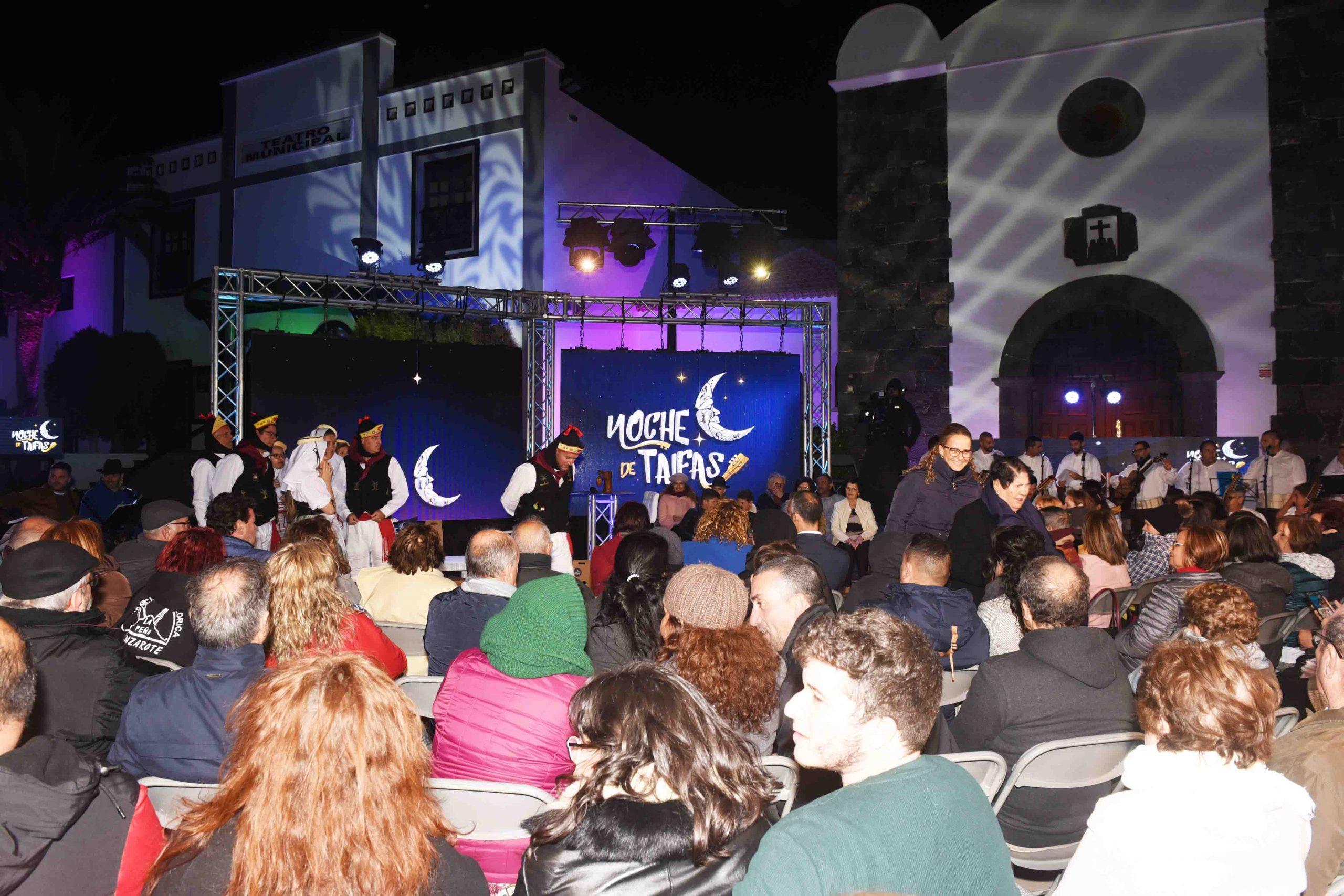 San Bartolomé se convierte en el epicentro del folclore canario durante la grabación de Noche de Taifas