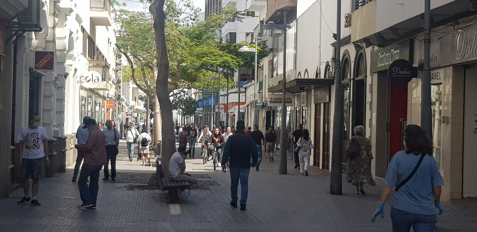 La rehabilitación del edificio La Americana, en la calle Real, cuenta con informes jurídicos y técnicos  favorables a la licencia