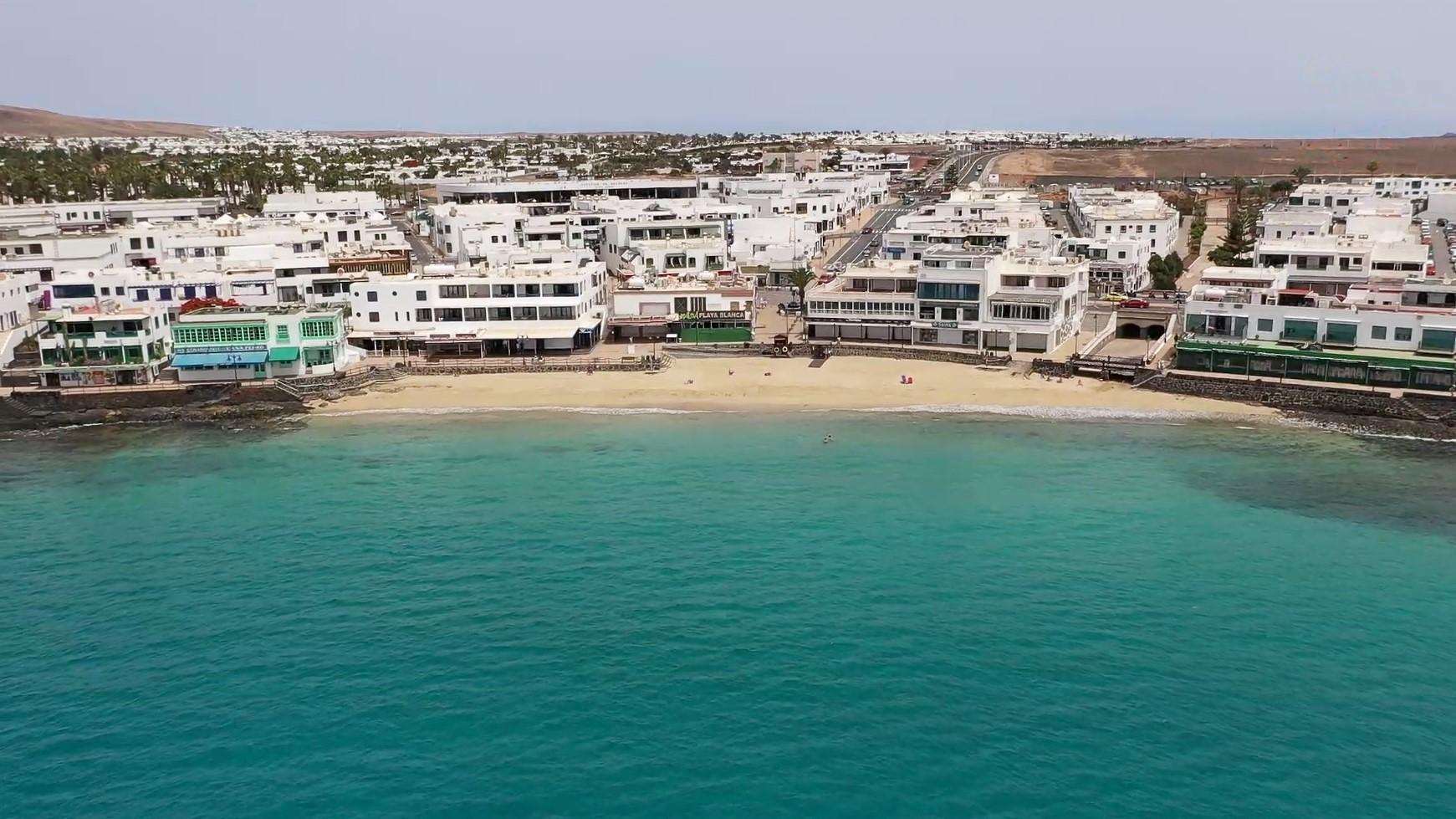 Óscar Noda defiende el atraque de cruceros en Playa Blanca ante el Gobierno de Canarias y el Cabildo de Lanzarote