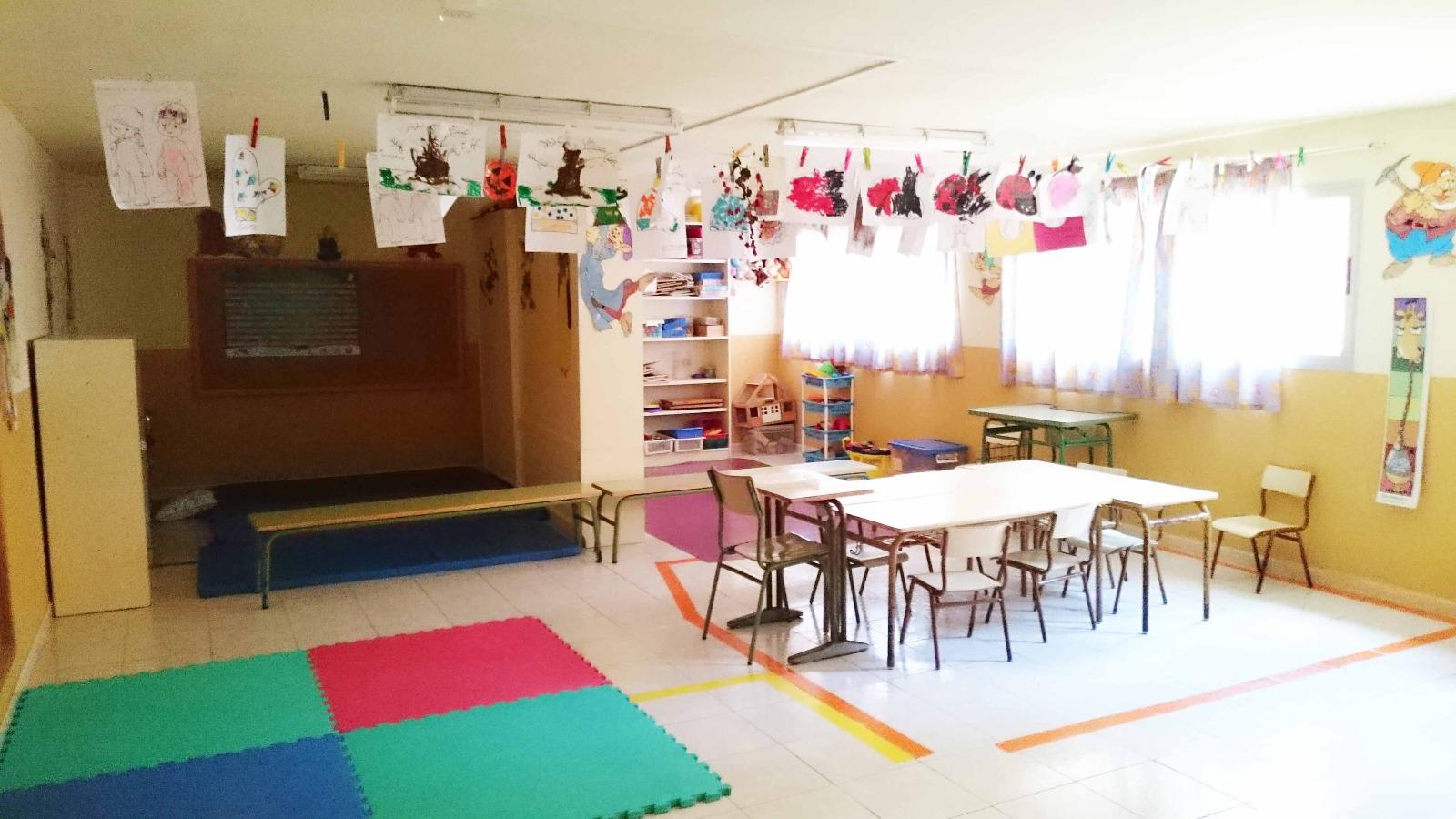 Educación invierte casi 800.000 euros en la adecuación de las Aulas Enclave