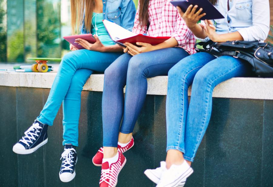 """La Consejería de Educación facilitará mascarillas al alumnado de """"cuota cero"""""""