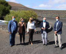Vanoostende anuncia en Lanzarote un plan específico para La Geria