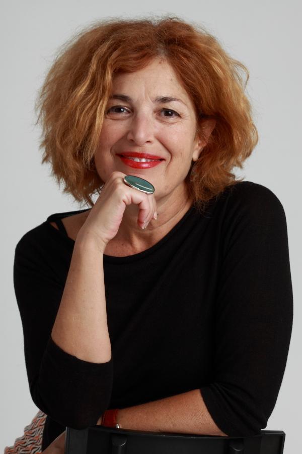 Pino Ojeda centra la iniciativa del ciclo 'Miradas a la colección' de la Casa de Colón