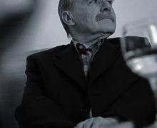 El comisario y experto en arte Serge Fauchereau clausura las jornadas en homenaje a Martín Chirino