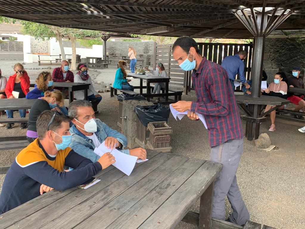 El Ayuntamiento de Tías inicia la formación para crear huertos comunitarios en el municipio