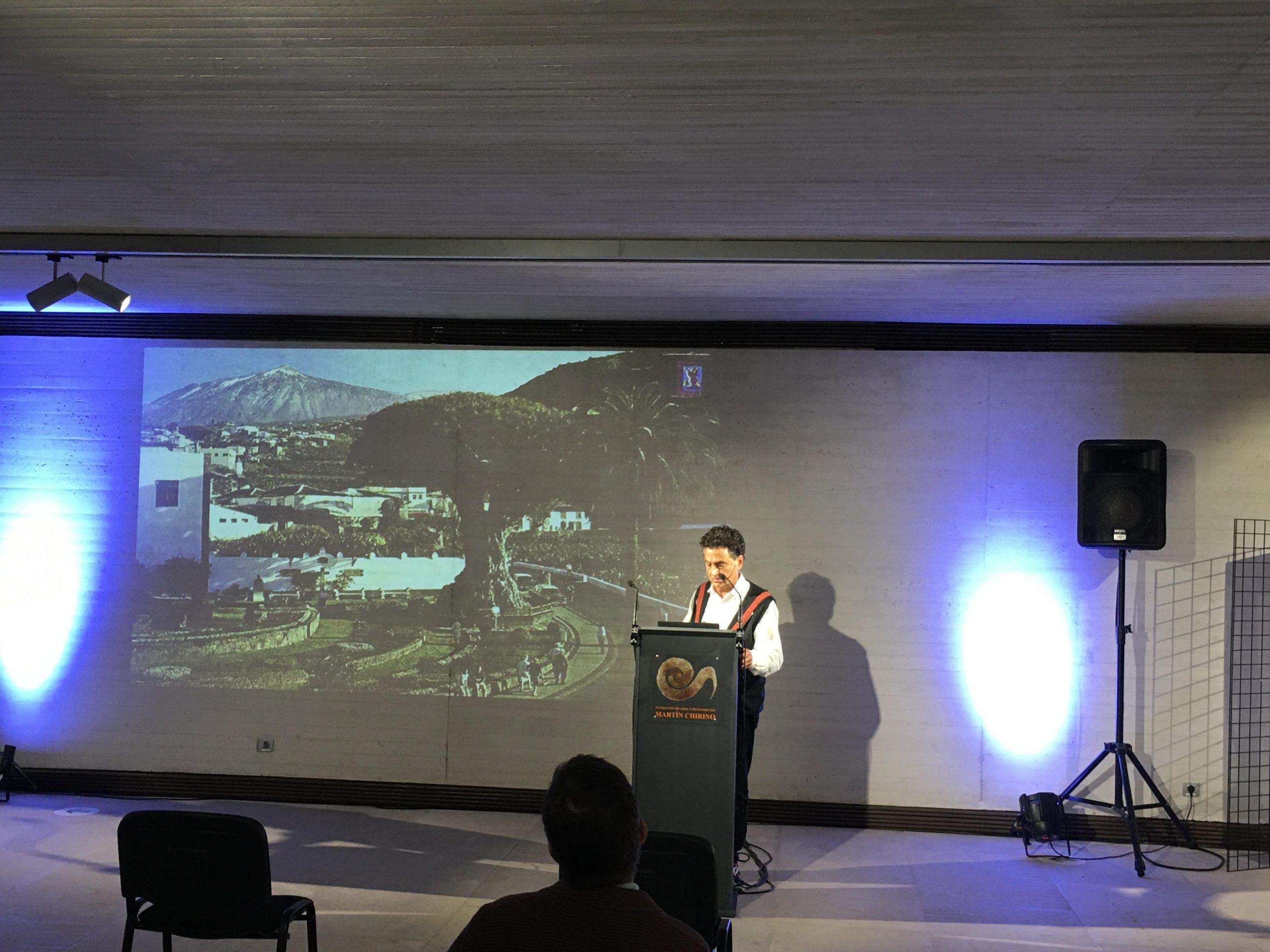 El arquitecto Tinerfeño Menis diserta sobre la indisoluble relación de las islas con la arquitectura sostenible