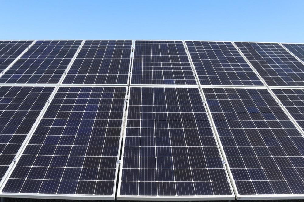 Transición Ecológica aprueba las bases de ayudas para instalaciones de autoconsumo energético en sector residencial