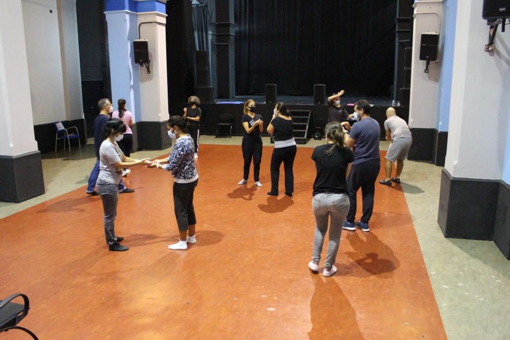 Docentes grancanarios aprenden de teatro para enseñar con él a su alumnado