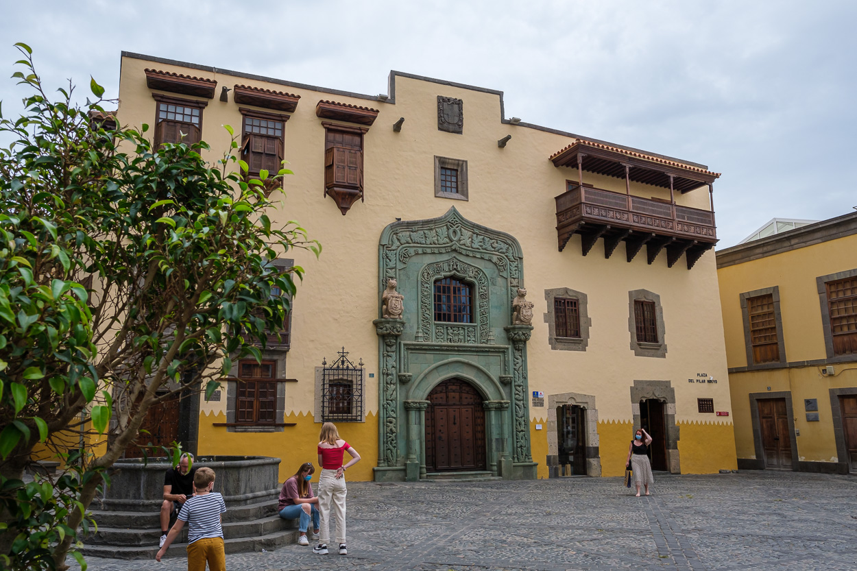 Brujería, santería, canarios en la Nueva España y los nuevos lugares de encuentro 500 años después de la primera circunnavegación cierran el Coloquio